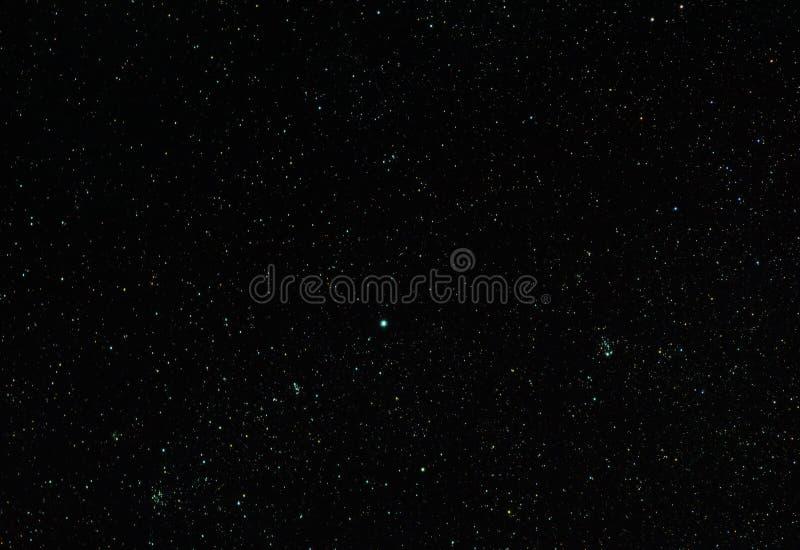 Ruchbah y racimos de estrella abiertos fotografía de archivo