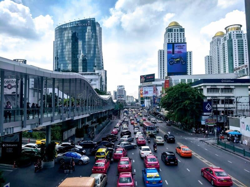 Ruchliwie dzień w ulicach Bangkok obrazy royalty free