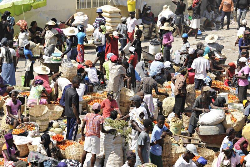 Ruchliwie Haitański rynek zdjęcie royalty free