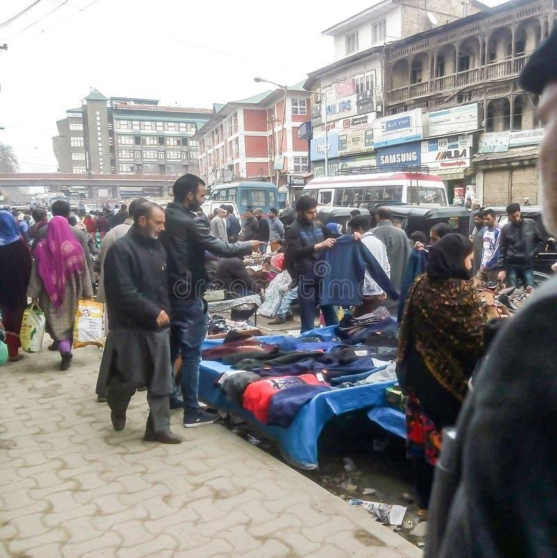 Ruchliwie rynek w Srinagar Kaszmir India fotografia royalty free