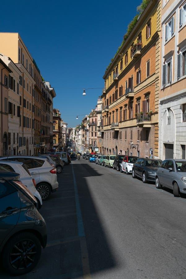 Ruchliwie Rzym ulica w ranku zdjęcia stock