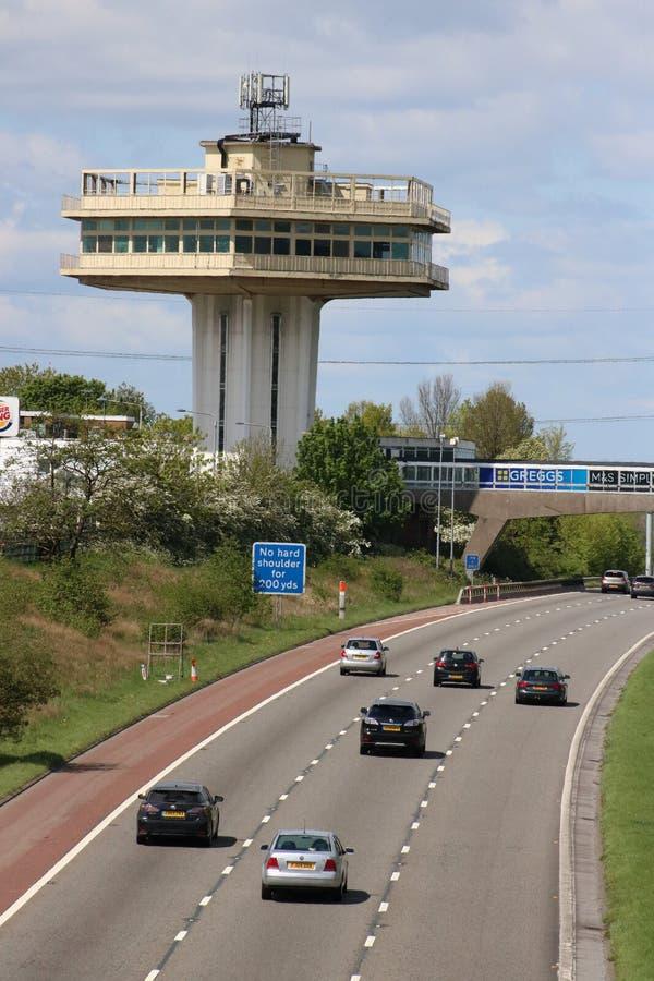 Ruchu drogowego M6 autostrada Forton Us?uguje Lancashire zdjęcia royalty free