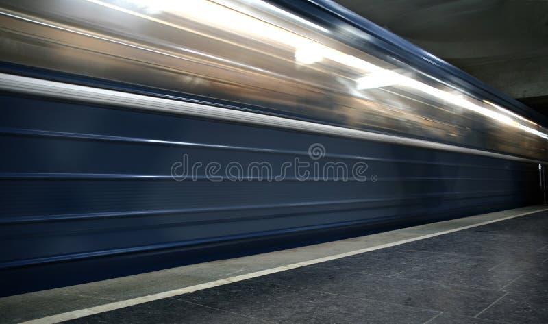 Download Ruchu metro zdjęcie stock. Obraz złożonej z scena, akcja - 13334084
