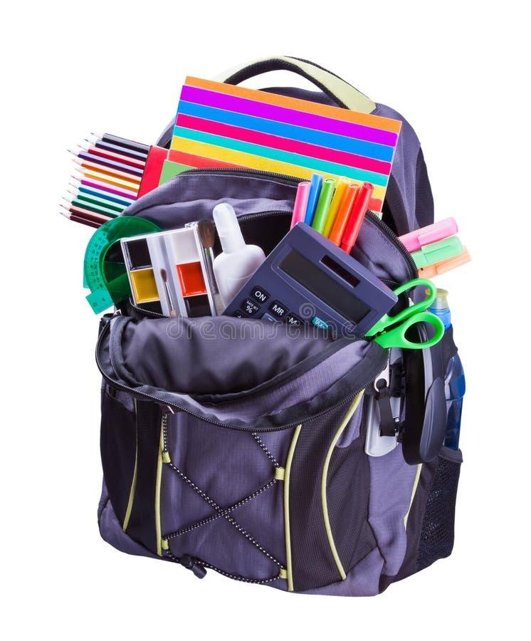 Rucksack mit Schulezubehör stockbilder
