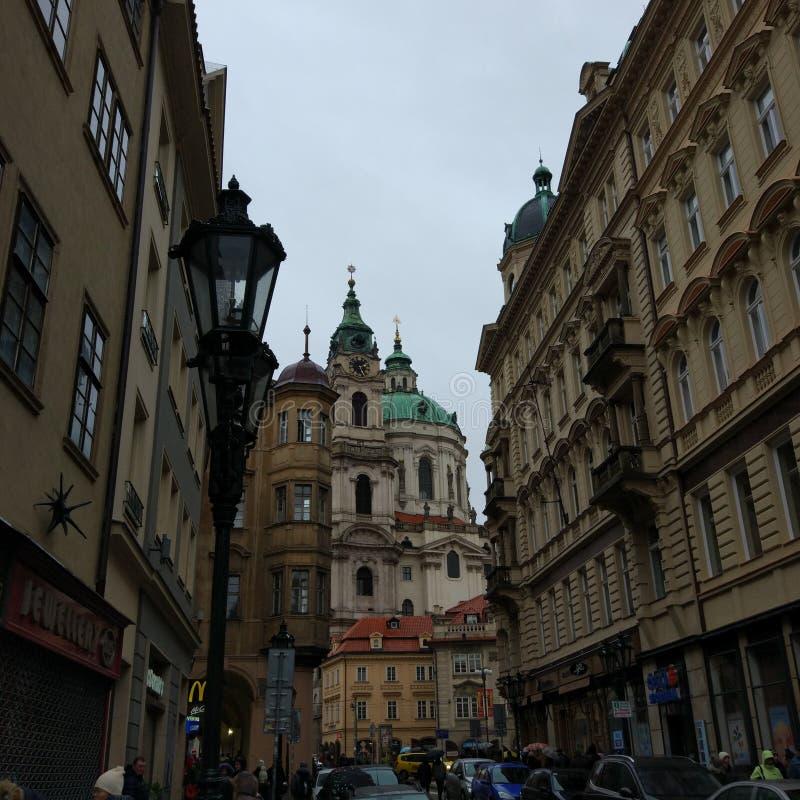 Rue à Prague, République Tchèque image stock