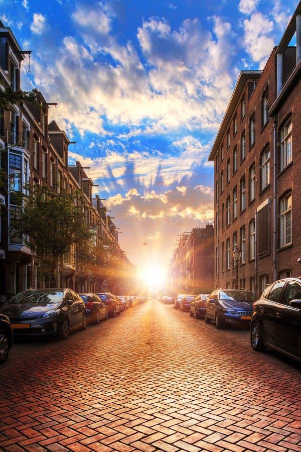 Rue Amsterdam de lever de soleil image libre de droits