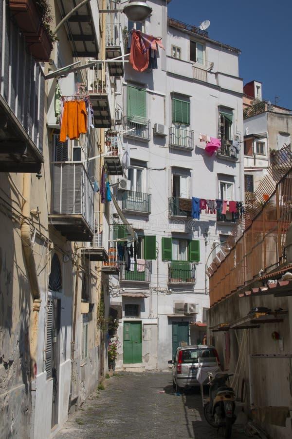 Rue au centre historique de Naples photographie stock libre de droits