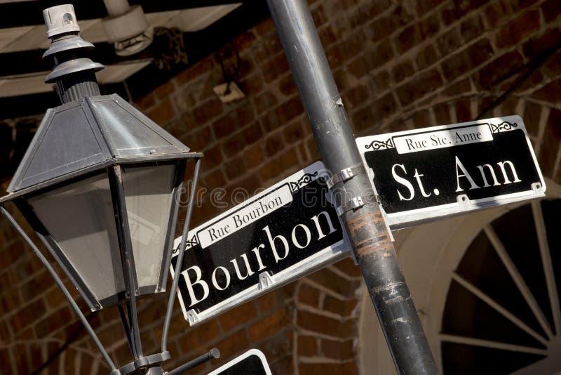 Rue Bourbon-straatteken en St Ann straat royalty-vrije stock foto