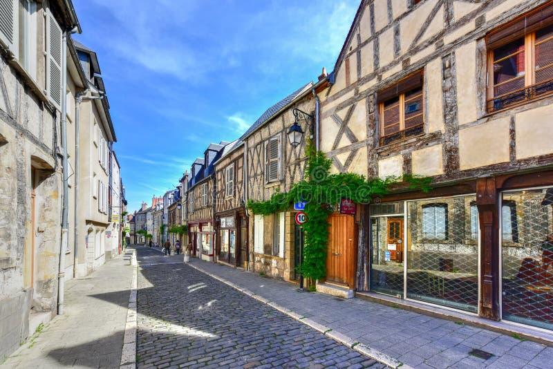 Rue Bourbonnoux - Bourges, Frankrike arkivbild