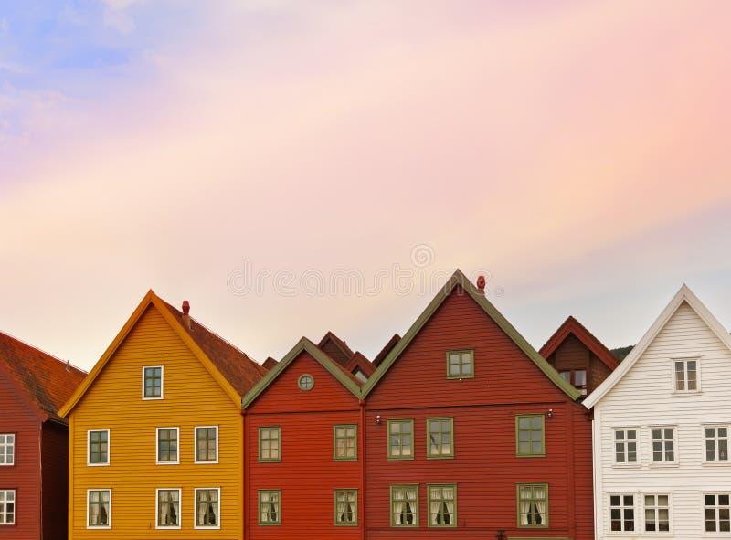 Rue célèbre de Bryggen à Bergen - en Norvège images libres de droits