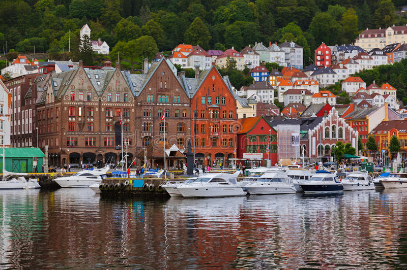 Rue célèbre de Bryggen à Bergen - en Norvège image libre de droits