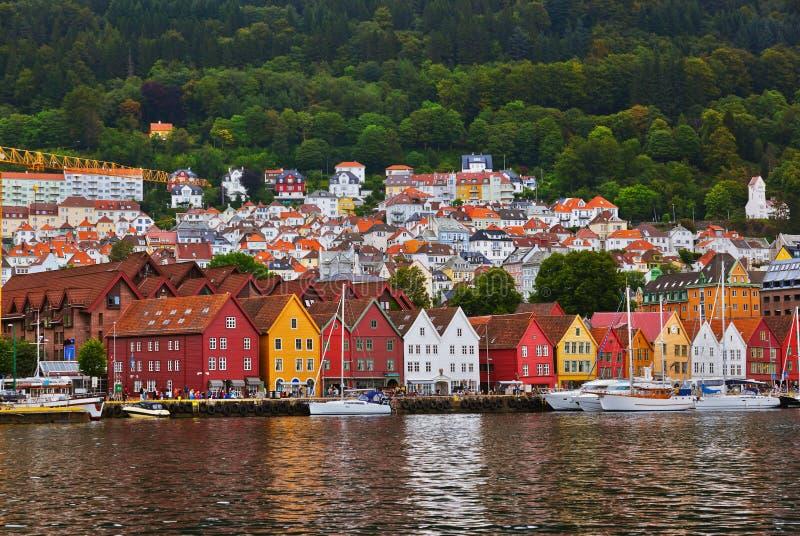 Rue célèbre de Bryggen à Bergen - en Norvège photographie stock