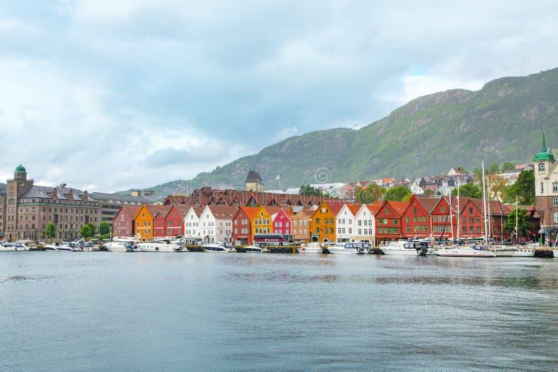Rue c?l?bre de Bryggen en Bergen Norway photos stock