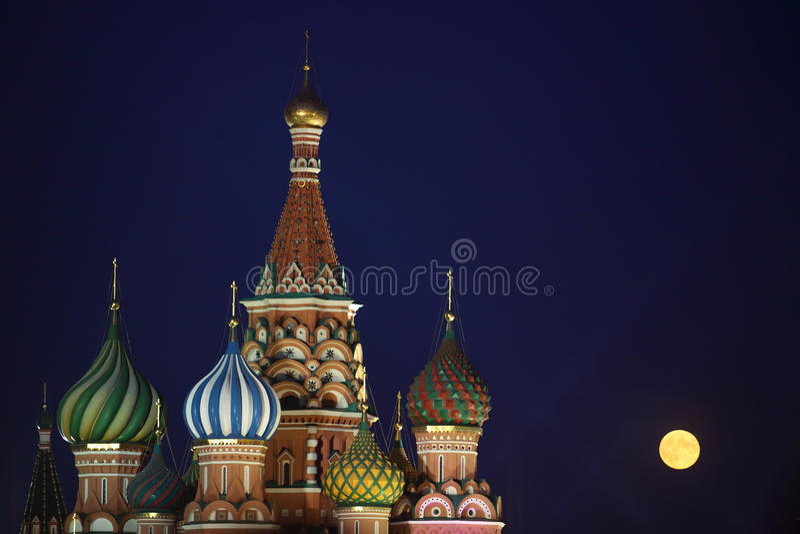Rue Cathédrale de basilic, Moscou photo stock