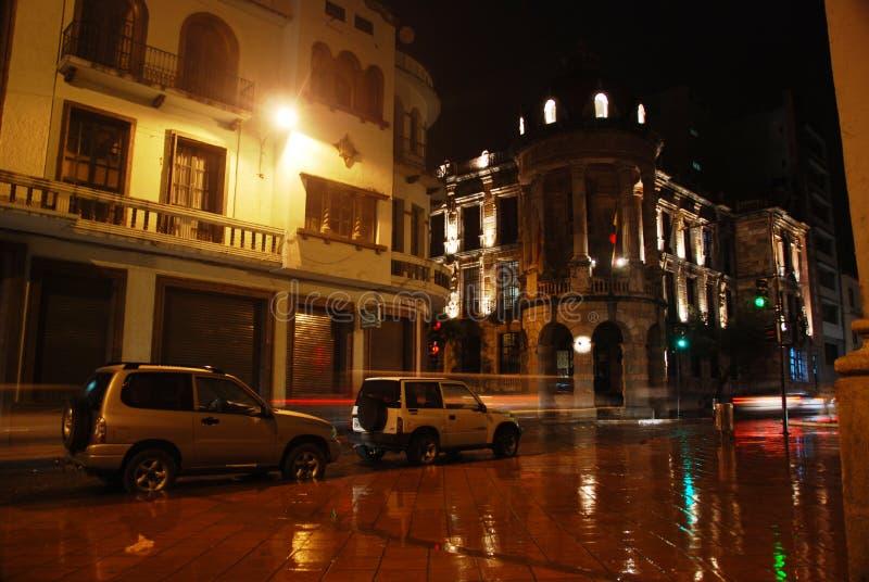 Rue d'Ecuadorian images stock