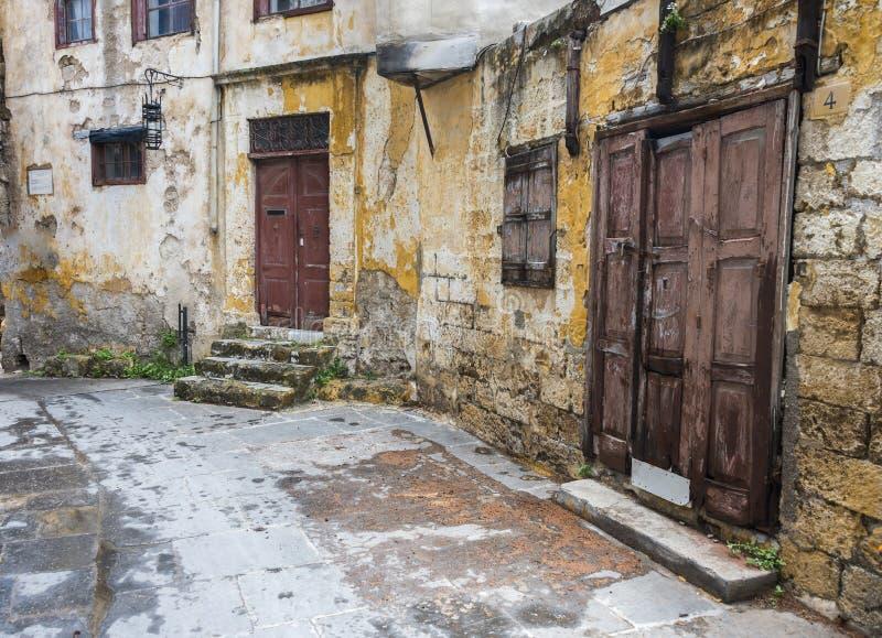Rue dans la vieille ville de Rhodes, Grèce photographie stock libre de droits