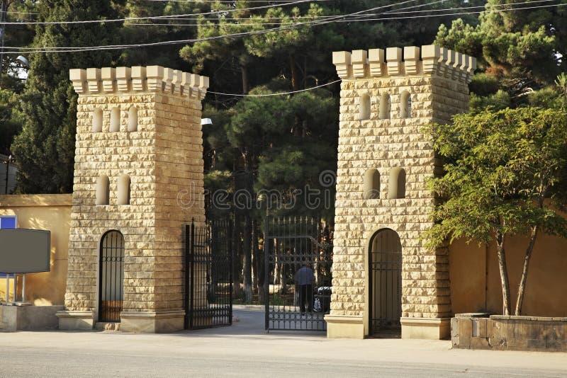 Rue dans la ville de Mardakan l'azerbaïdjan photos stock