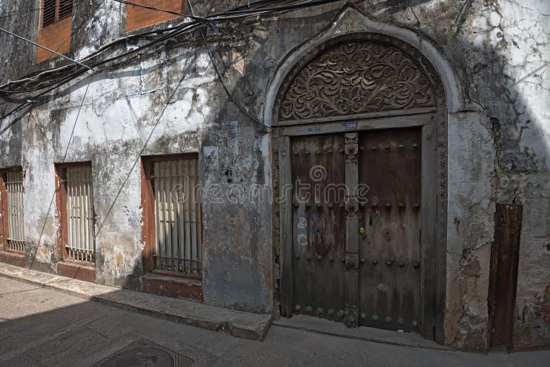 Rue dans la ville en pierre, Zanzibar image libre de droits