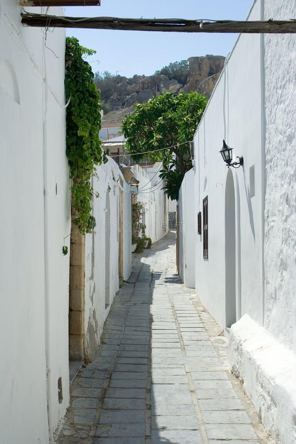 Rue dans Lindos photos stock