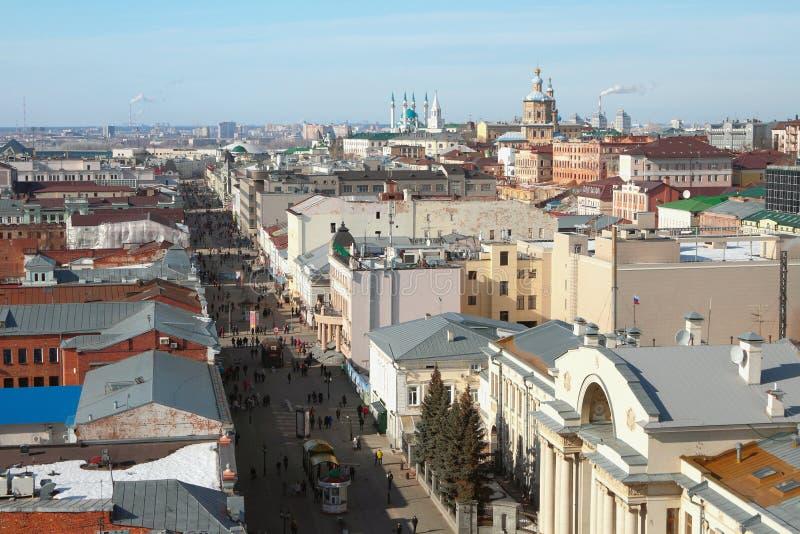 Rue de Bauman - rue piétonnière au centre historique de Kazan, Russie photo libre de droits