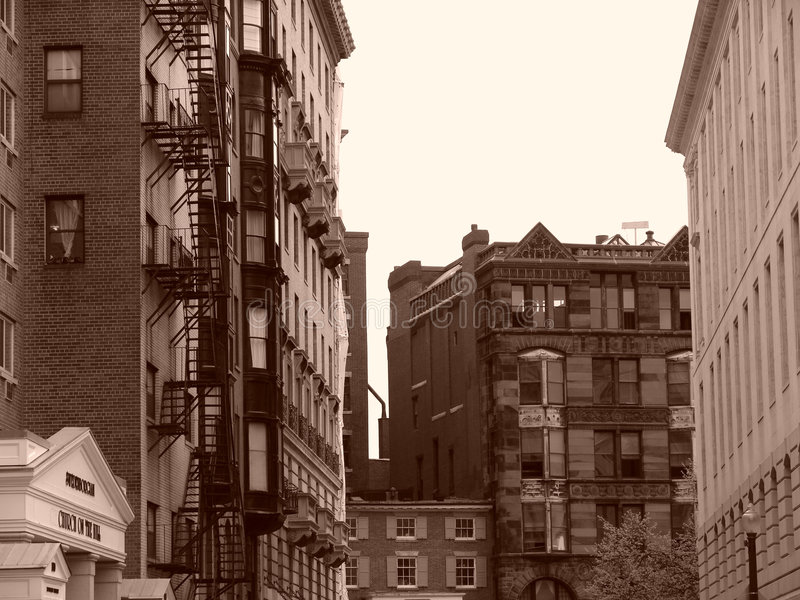 Rue de Bowdoin à Boston regardant vers la rue de radiophare image libre de droits