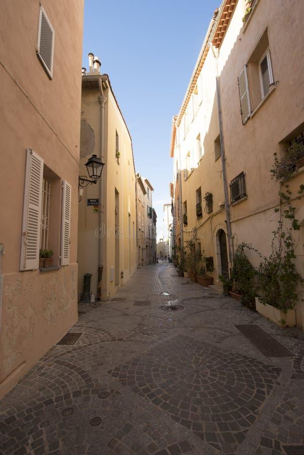 Rue de l'Orme, Antibes, Frankrike fotografering för bildbyråer