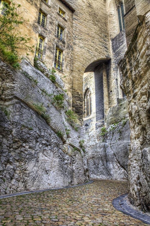 Rue de la Peyrolerie- Avignon, Frankrijk royalty-vrije stock foto's