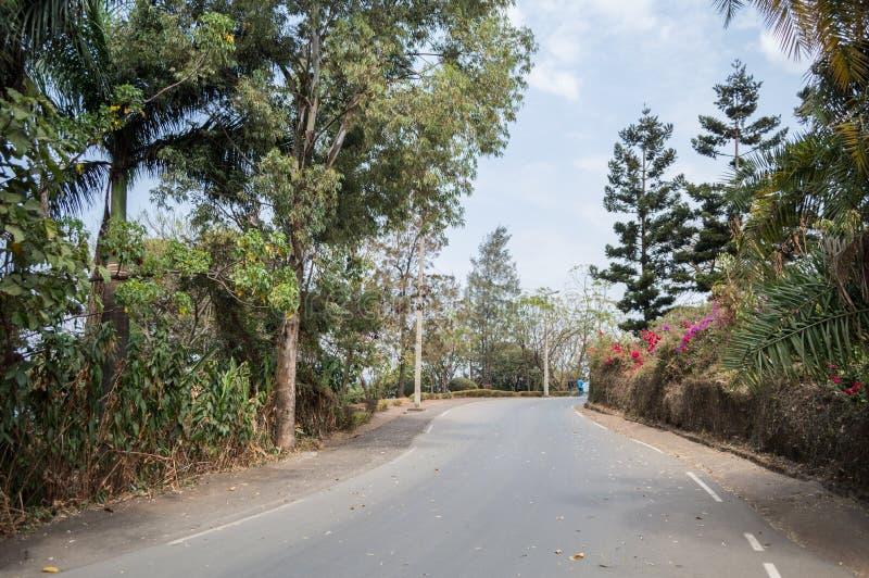 Rue de Lakeside, Gisenyi, Rwanda images libres de droits