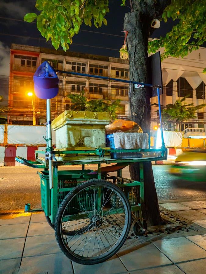 Rue de magasin à Bangkok, nourriture Thaïlande images libres de droits