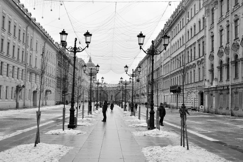 Rue de Malaya Konyushennaya à St Petersburg photographie stock libre de droits