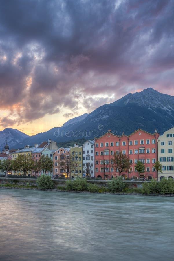 Rue de Mariahilf à Innsbruck, Autriche photographie stock libre de droits