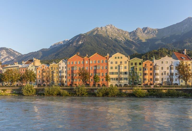 Rue de Mariahilf à Innsbruck, Autriche image libre de droits