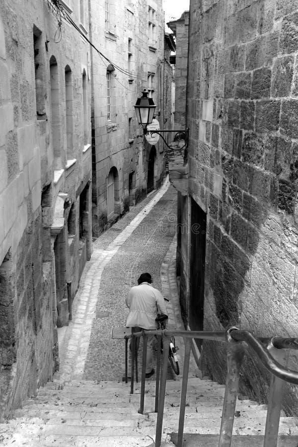 Rue de perigeux en noir et blanc photographie stock