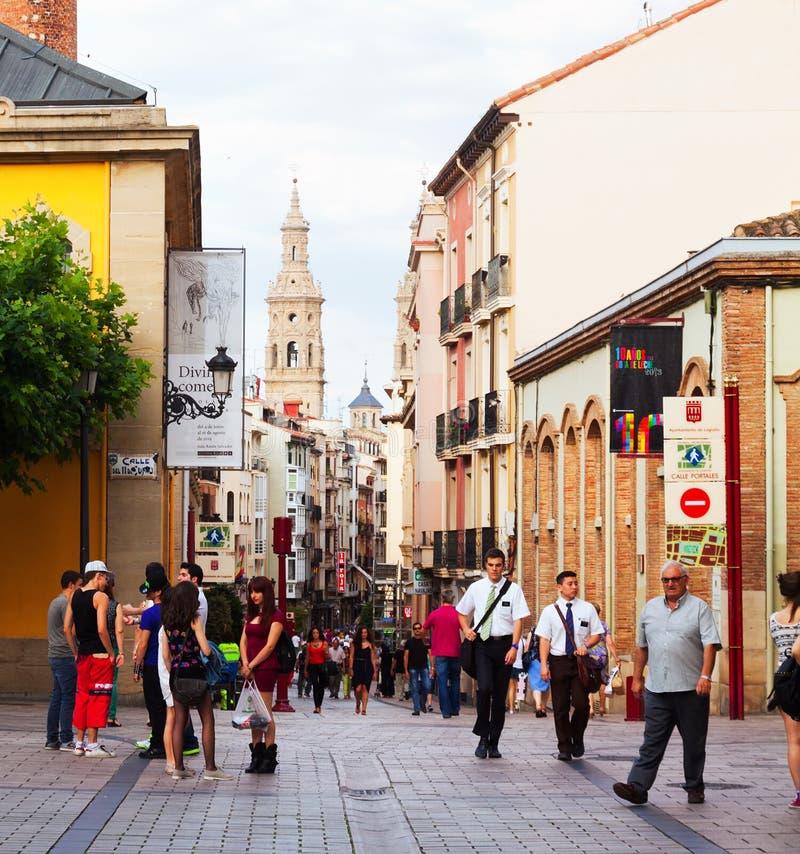 Rue de Portales dans Logrono, Espagne photo stock