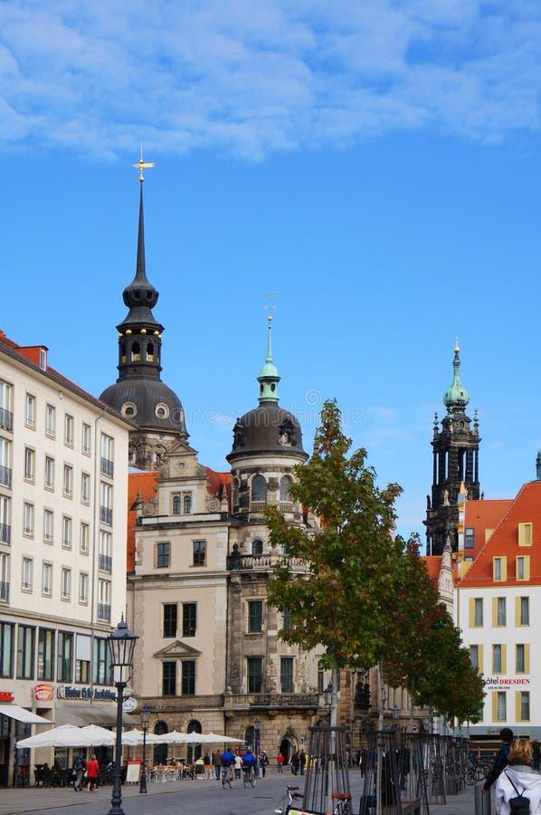 Rue de Schloss de Dresde images libres de droits