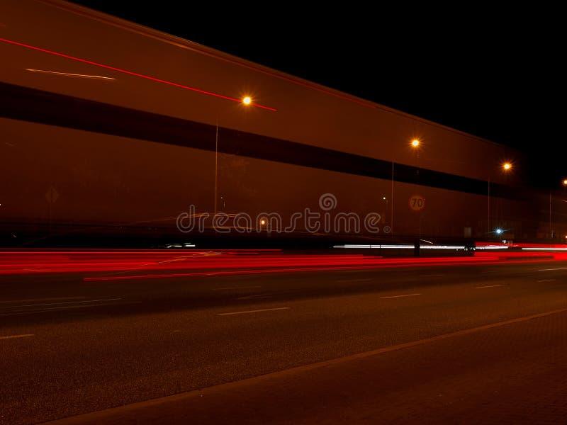 Download Rue de TIR photo stock. Image du ville, long, transport - 77160826