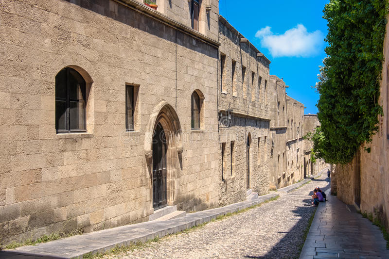 Rue des chevaliers, Rhodes, Grèce image stock