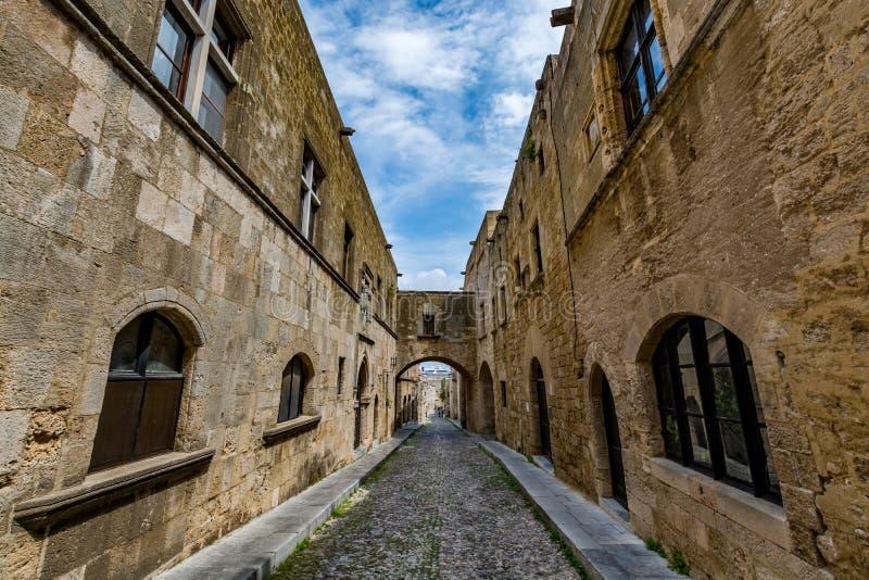 Rue des chevaliers, Rhodes, Grèce photographie stock libre de droits
