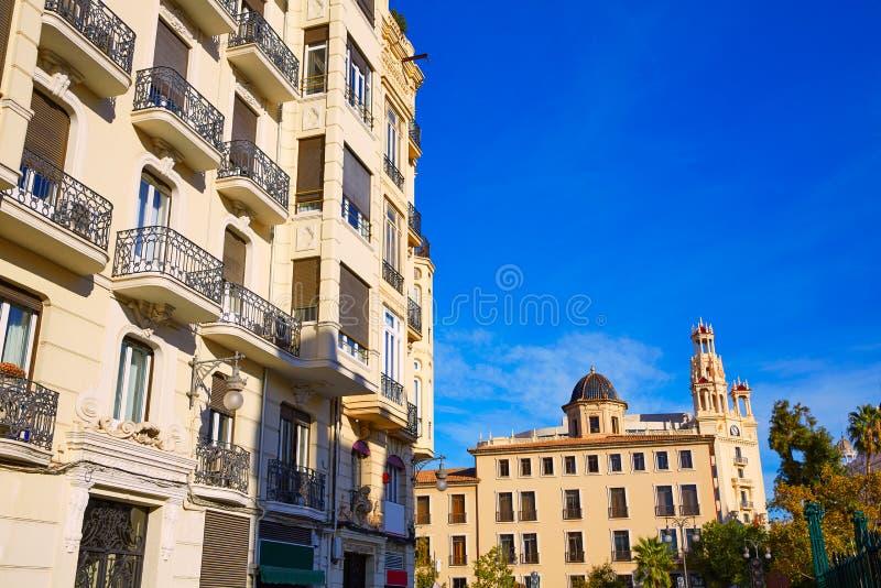 Rue du centre Espagne de Bailen de ville de Valence photographie stock