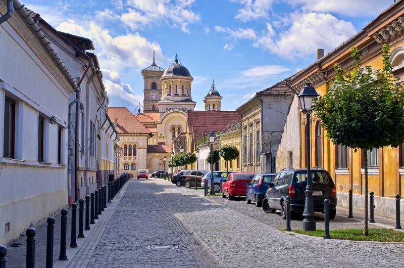 Rue en Alba Iulia, Roumanie photographie stock