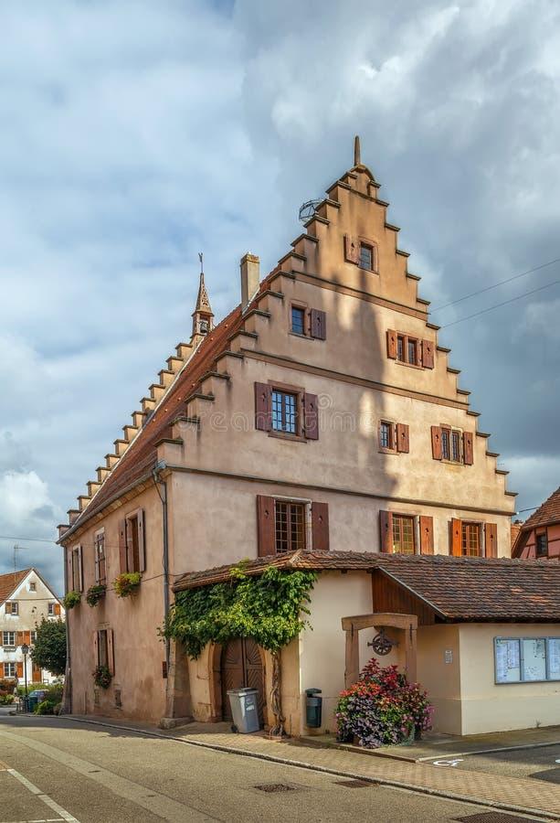 Rue en La Ville, Alsace, France de Dambach photos libres de droits