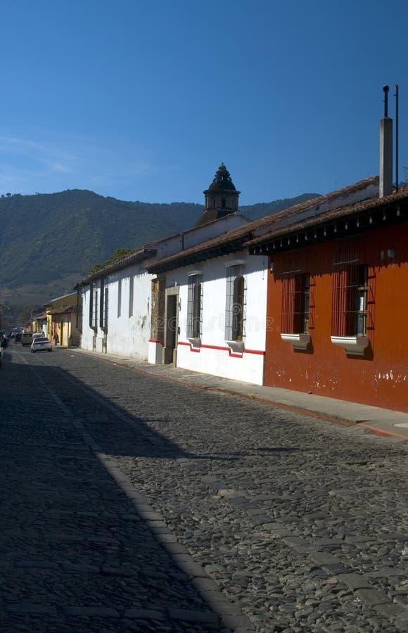 Rue en pierre Antigua Guatemala de galet photographie stock libre de droits