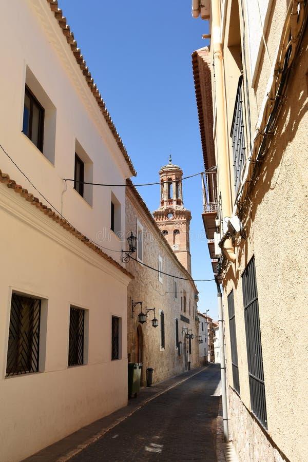 Rue et église de Sant Martin, Ocaña, province de Toledo, Castille-La Manche, Espagne image stock