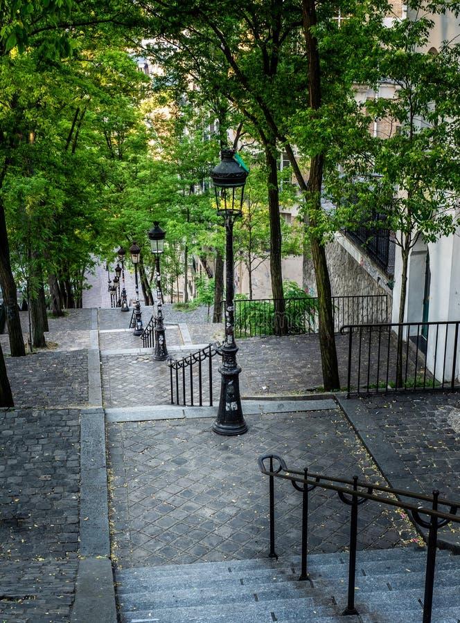 Rue Foyatier Stairs i Montmartre Paris royaltyfri fotografi