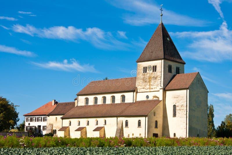 Rue Georg d'église sur l'île de Reichenau, Allemagne images stock