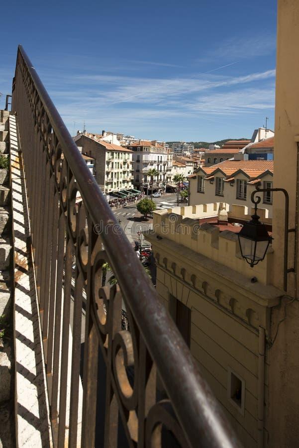 Rue Georges Clemenceau, Cannes, France photos libres de droits