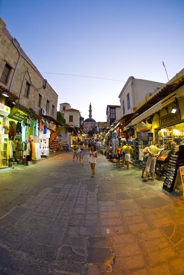 Rue grande-angulaire de Rhodes photos libres de droits