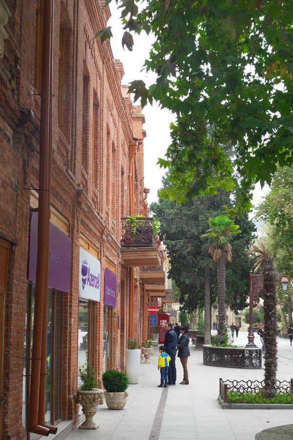 Rue historique de Javadkhan de ville de Ganja photographie stock libre de droits