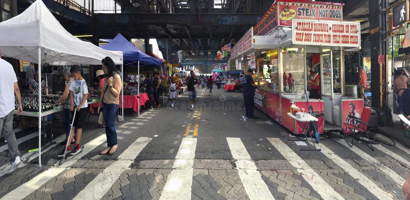 Rue juste sur l'avenue de Rivera dans le Bronx New York image libre de droits