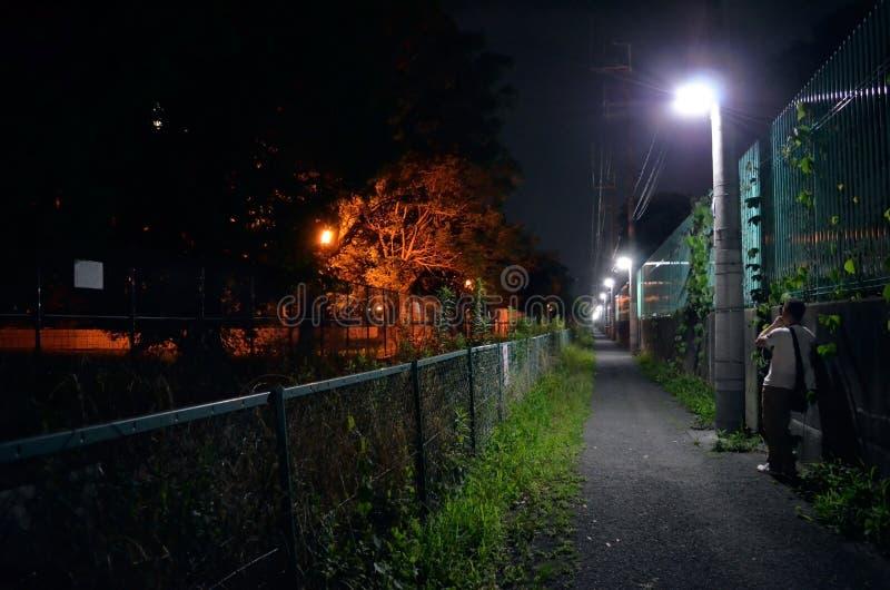Rue la nuit à Osaka photo libre de droits